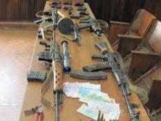 Під Харковом затримали машину, набиту зброєю з зони АТО