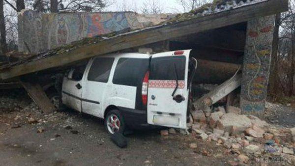 Відео з місця аварії на Львівщині, в якій загинуло п'ять осіб