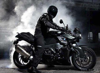 Жорстким згвалтуванням закінчилася для неповнолітньої нічна прогулянка на мотоциклі