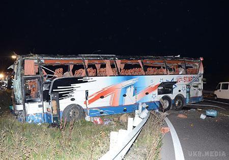 Український автобус перекинувся в Австрії: двоє пасажирів у важкому стані