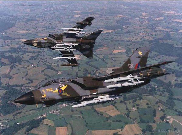 Великобританія завдала перші авіаудари по«ІДІЛ»