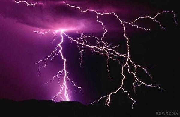 У Полтавській області чоловік загинув від удару блискавки