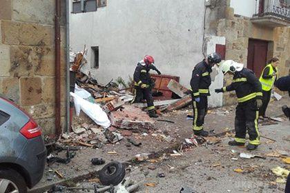 Літак в Іспанії впав після зіткнення з грифом
