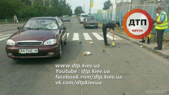 У Києві іномарка розчавила пішохода на