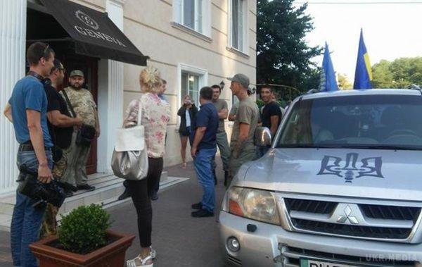 Активісти заблокували польських політиків в одеському готелі