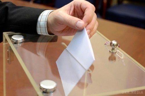 Екзитпол: Мун Чже Ін перемагає навиборах президента Південної Кореї