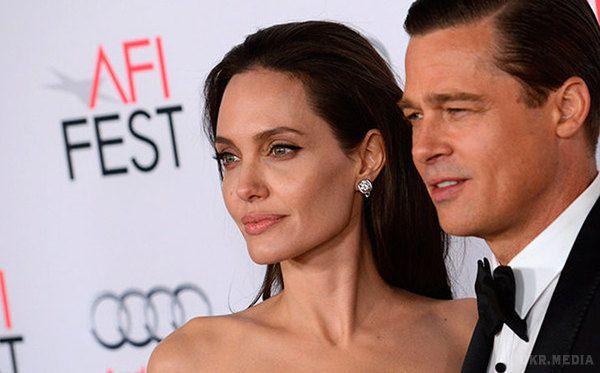 «Бранджоліна-2»: Голівуд заговорив про можливе скасування розлучення Пітта і Джолі
