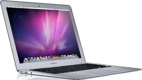 Компанія Apple готується представити три нові моделі ноутбуків— ЗМІ