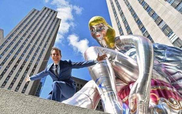 УНью-Йорку з'явилася гігантська копія статуетки української художниці
