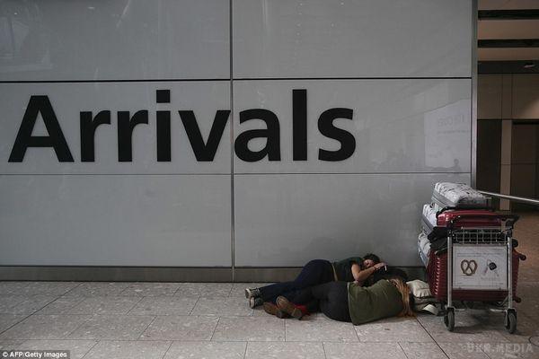 British Airways подовжила скасування польотів із двох найбільших аеропортів через комп'ютерний збій
