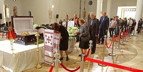 ВУГКЦ повідомили про смерть Блаженнішого Любомира Гузара