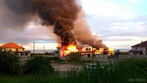 Уштабі АТО оприлюднили фотографії обстрілу Бердянського