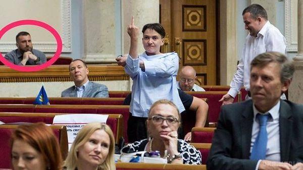 Середній палець Савченко: Нардеп пояснила, кому було адресовано непристойний жест вРаді