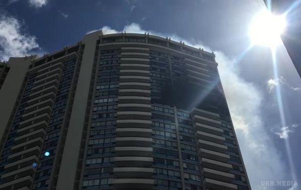 УГонолулу сталася пожежа в36-поверховому хмарочосі (ФОТО, ВІДЕО)