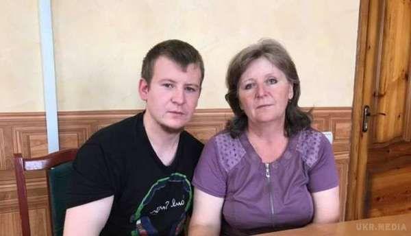 СБУ: Заарештованому російському військовому Агєєву дозволили зустрітися зматір'ю