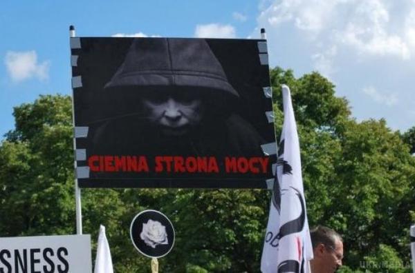 У Німеччині погрожують Польщі ізоляцією в ЄС
