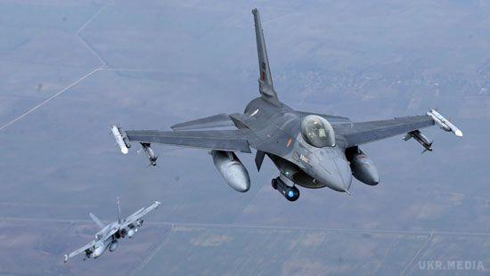 Винищувачі НАТО перехопили три російські військові літаки біля кордонів Естонії