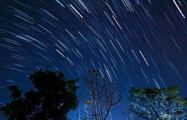 Українці всерпні зможуть спостерігати метеоритний дощ