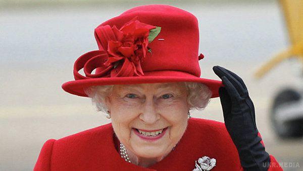 ЗМІ: Королева Єлизавета ІІ має намір зректися престолу