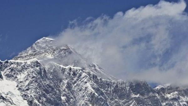 Нанайвищій точці Європи знайшли тіло українського альпініста