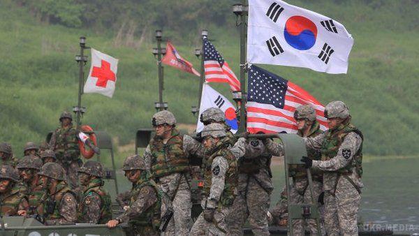 США і Південна Корея починають навчання, які КНДР вважає репетицією агресії