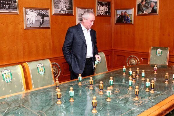 Адвокат Димінського спростовує інформацію про виклики надопит