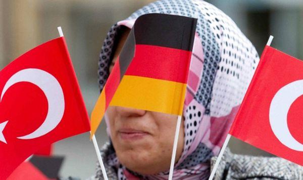 МЗС Німеччини: Туреччина нестане членом ЄС зпрезидентом Ердоганом