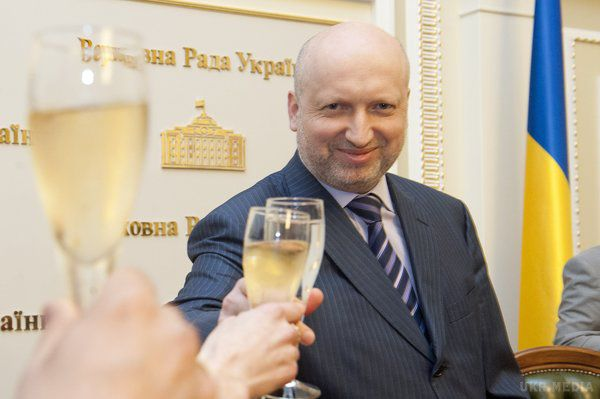 Турчинов зробив важливу заяву щодо оборонного бюджету України