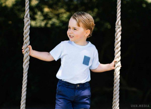 Принц пішов до школи: Кейт Міддлтон не змогла проводити в перший клас сина Джорджа через токсикоз (фото, відео)