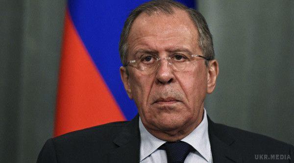 Порошенко продемонстрував уРадбезі ООН російські військові квитки