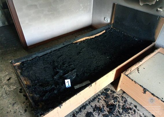 ЗМІ: НаДніпропетровщині невідомий згранатою хотів спалити будинок нардепа Юрія Берези