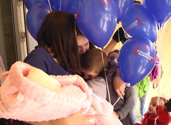 УЛьвові виписали 12-річну породіллю: батько новонародженого неприйшов