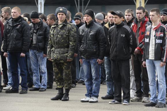 Генштаб пропонує призвати ще500 офіцерів запасу до кінця року