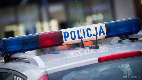 Польська поліція майже добу утримувала українку без жодних пояснень