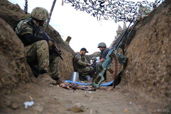 Штаб АТО: бойовики 4 рази порушили перемир'я, втрат серед українських військових немає
