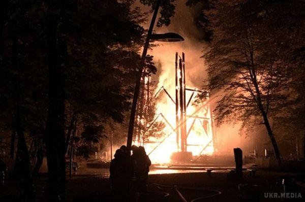 У Німеччині згоріла одна знайвищих оглядових споруд