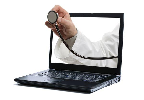 Порошенко: сільські лікарі отримають стимулюючу оплату праці