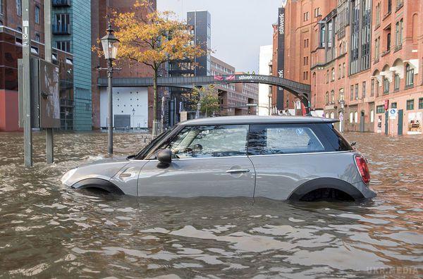 Жертвами урагану «Герварт» у Європі стало щонайменше п'ятеро осіб
