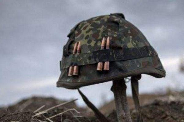 Бойовики неприпиняють обстріли: поранено бійця АТО