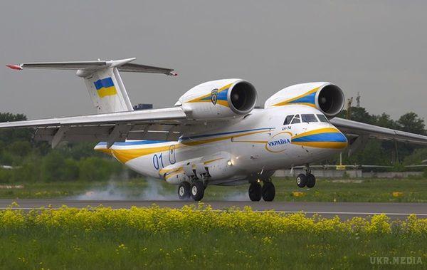 ВХаркові серійно виготовлятимуть літаки Ан-74 заамериканські гроші