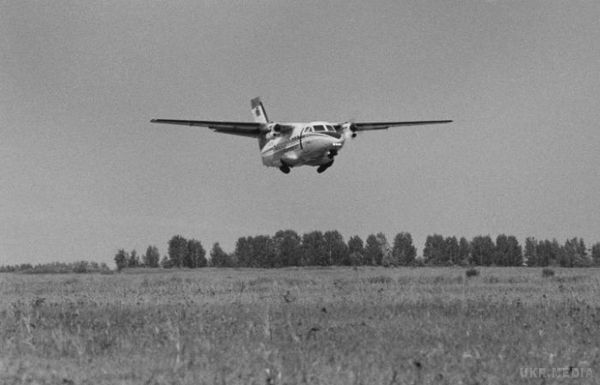 УРосії розбився пасажирський літак, шість осіб загинуло