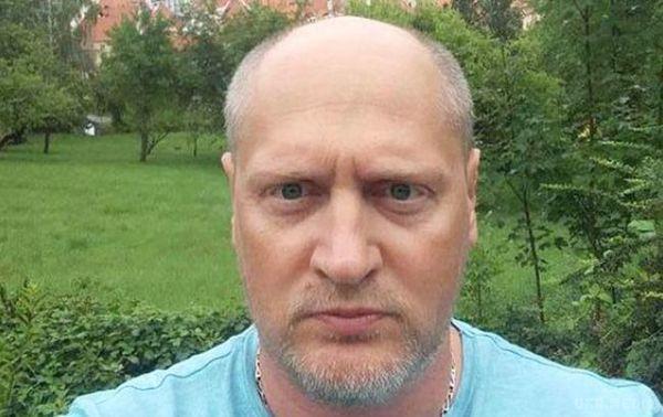 Дозатриманого в Мінську українського журналіста пустили консула