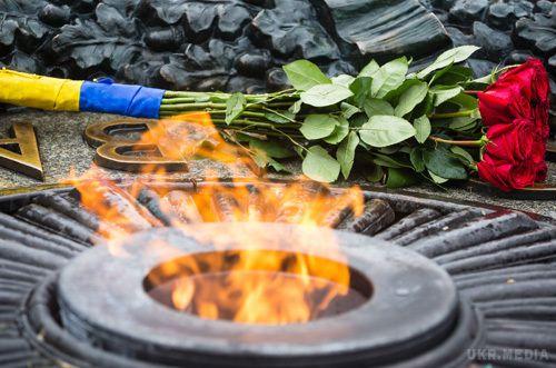Вічний вогонь уКиєві знову залили цементом— ЗМІ