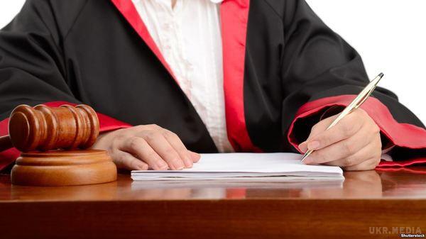 Порошенко підписав зміни допроцесуальних кодексів урамках судової реформи