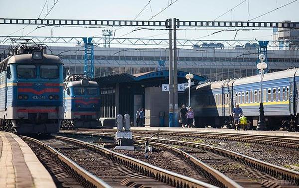 «Укрзалізниця» вводить новий графік руху поїздів: названо дату старту змін