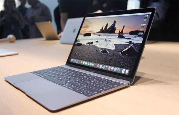 УApple офіційно заявили про проблеми вiMac таiPhone