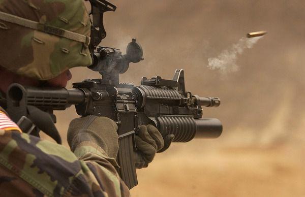 Перші поставки американського озброєння мають відбутися вже через кілька тижнів— Порошенко