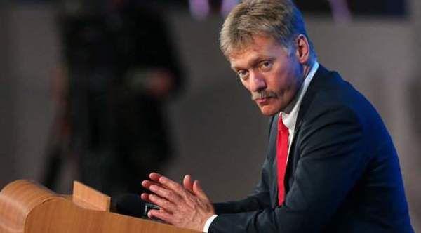Порошенко: Україна вирішила видворити російських дипломатів через отруєння Скрипаля