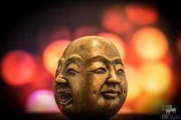 Чому я такий бідний, запитав чоловік у будди, але то що він почув ... Бідний запитав у Будди, про бідність.