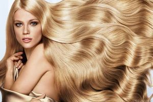 Фахівці винайшли фарбу для волосся, яка має властивість змінювати колір(відео). Британська компанія The Unseen винайшла фарбу для волосся Fire, завдяки якій волосся змінює колір у залежності від температури.